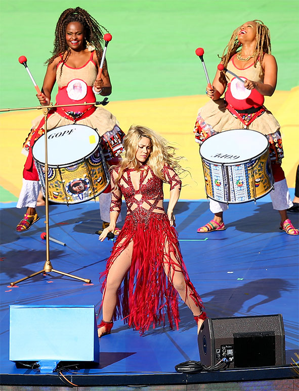 shakira performing world cup final 2014 getty