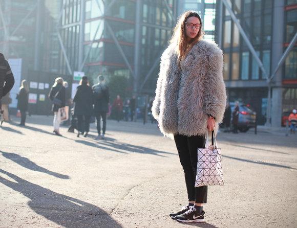 24 espe de la fuente fashion assistant