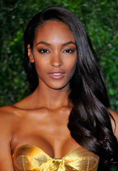 jourdan dunn backstage wtih elle uk wenn