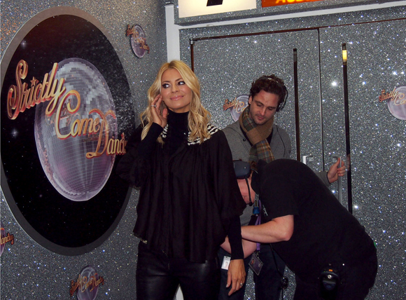 strictly tess daly mic up