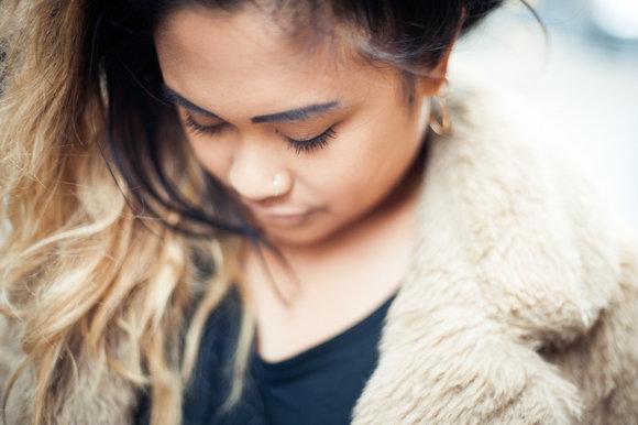 melanie de la cruz fashion production bookings assistant