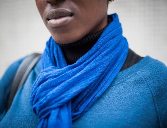 joanna robinson crop scarf what elle wears stephanie sian smith