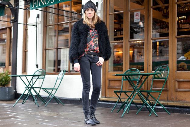 rosa safiah connell elle fashion assistant