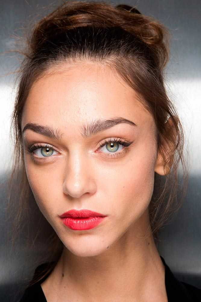 Spring Makeup Trends: Sailing Off Into The Sunset
