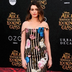 Anne Hathaway's Best Style Moments