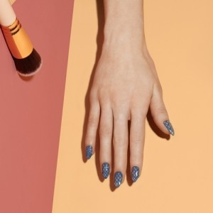 'Colour Theory' Nail Art #TutoriELLE: Graphic