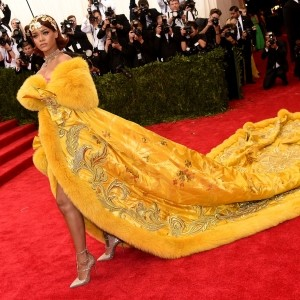 Rihanna's Met Gala Dress Causes Meme Overload