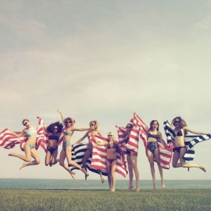 Taylor Swift's July 4th Party Looks Like The Most Fun Ever