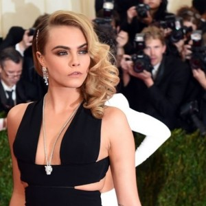 Cara Delevingne Stands Up For Herself Against The Paparazzi