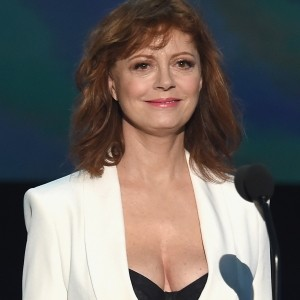 Susan Sarandon vs Piers Morgan in the battle of the boobs