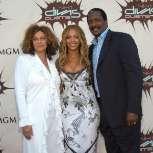Beyonce Reunites With Her Father Matthew Knowles After Lemonade