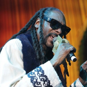 Snoop Dogg Slams 'Roots' Remake And Calls For Boycott