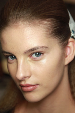 Caked On Foundation ferre ss10b008